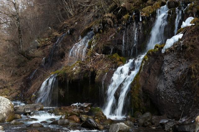吐竜の滝-41