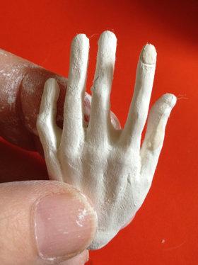 20150813 球体関節人形 手 爪を作る