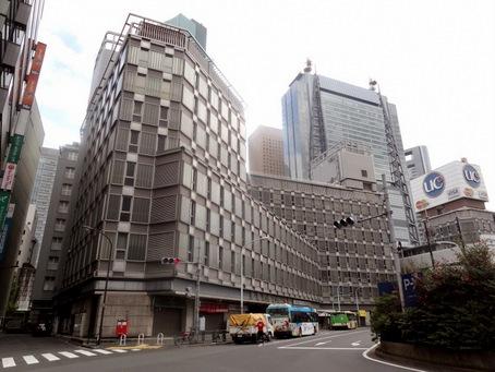 新橋駅前第一ビル17