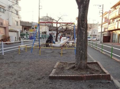 ヘビ公園1