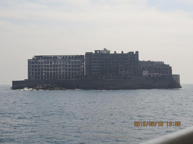 10IMG_5888軍艦島北から