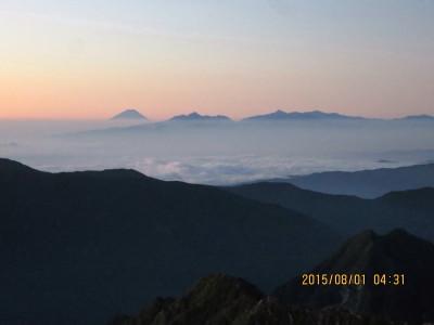 (3)早朝の富士山と南アルプス_1