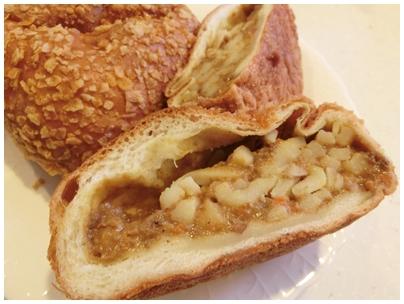 カレーうどんパン1