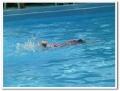 ひたすら泳ぐ