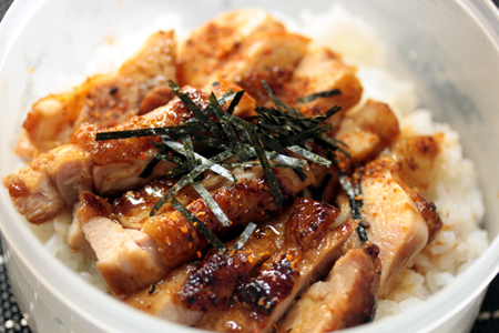 鶏照り焼き丼弁当
