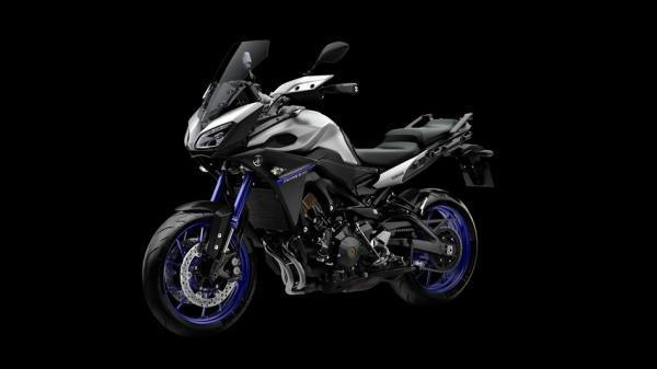2015-Yamaha-MT09-Tracer-EU-Race-Blu-Studio-014_convert_20150201151216.jpg