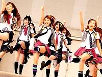 AKB48のパンチラや胸チラの超お宝まとめ画像集