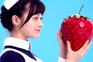 【橋本環奈】CMメイキング映像のコスプレ環奈ちゃんが衝撃的すぎる可愛さwwww