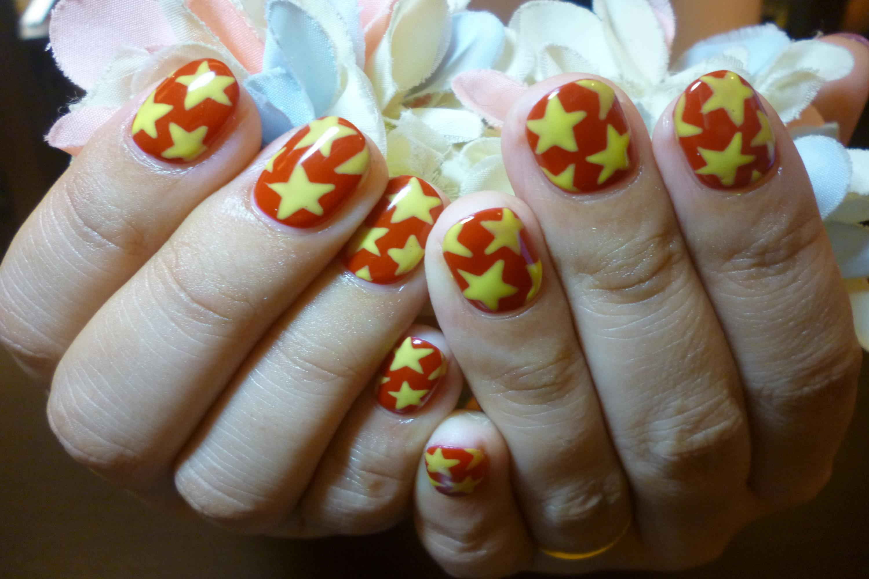 赤×黄色!!!星アートネイル
