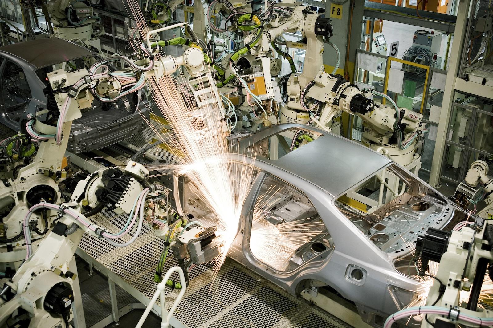 Pembuatan-Toyota-Camry.jpg