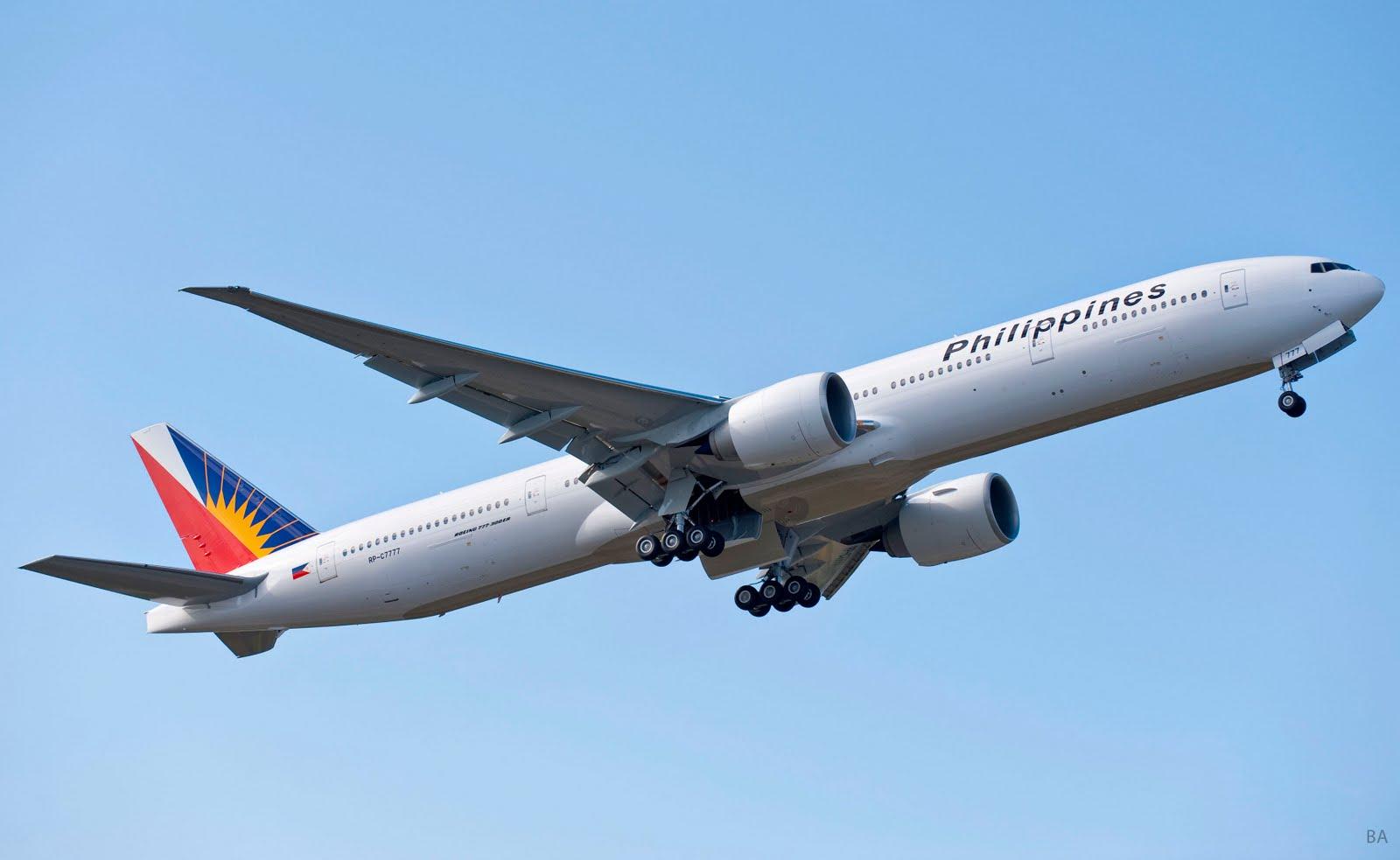 Phillipines_Airlines_first_Boeing_777-300ER_RP-C7777_K64800-03.jpg