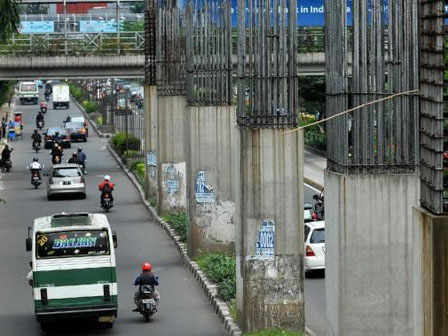 tiang_monorail-rasunasaid1.jpg