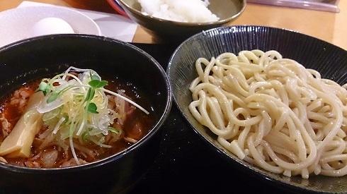 ランチパスポート銀座・築地Vol.2の新富町「福籠」の牛辛つけ麺