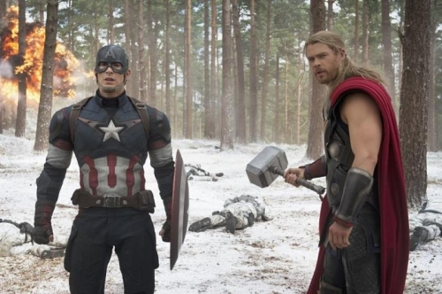 Avengers-2-Age-of-Ultron-Photo-Captain-America-Thor-Chris-Evans-Hemsworth-High-res-1024x681 (800x531)