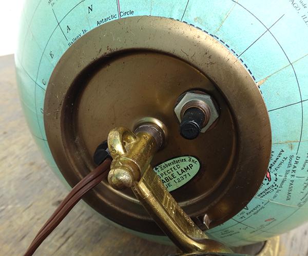 globelamp17.jpg