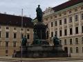王宮宮廷前広場