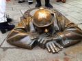 チュミル像