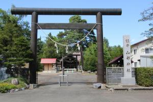 10159山部神社300