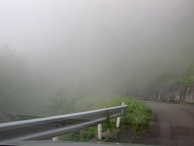 霧の蓼科スカイライン
