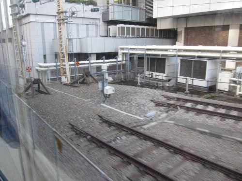 北陸本線経由の一筆書き片道切符の旅 東海道新幹線線路端