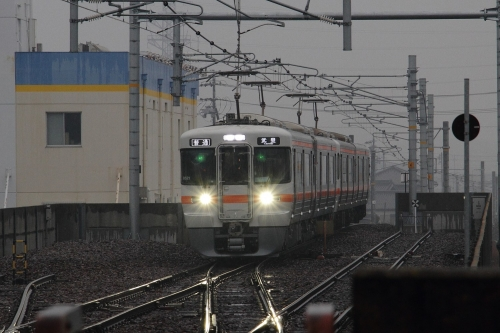 武豊線一番電車
