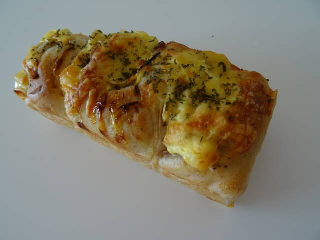 オニオンチーズブレッド1