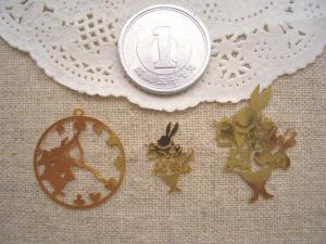 銅メタル:ウサギの時計、トランプウサギ大小