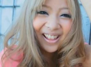 Kotono黒ギャルの挑発的魅力涼風ことのFC2動画
