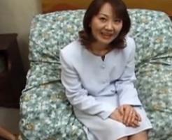 黙っていれば美人でいい女という感じの五十路熟女岡村道子FC2動画