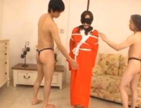 涎を垂れ流しながら恐怖に怯える巨乳四十路美山蘭子FC2動画