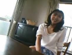 「最近、母乳出してますか?」と聞かれ笑顔で頷く三十路熟女新田利恵FC2動画