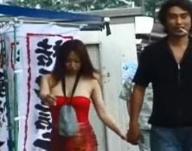 真性露出三十路痴女!ゴミ置き場でチンポを食らうFC2動画