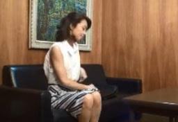 面接に来た53歳の主婦隠し撮り五十路FC2動画
