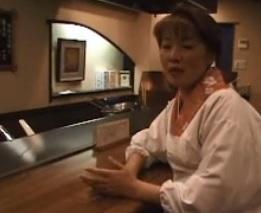 五十路小料理屋の女将さん若造りしていても大和魂は忘れないFC2動画