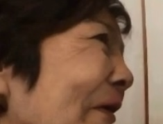 見境が無い七十路熟女若い男が大好きなスキモノFC2動画