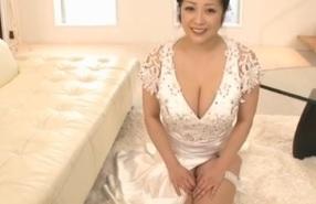 小向美奈子ソープ嬢に転身!?高級ソープランドの極上プレイをスライム乳がご奉仕しますFC2動画