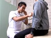 ゲイ動画:[男のプリケツ] 腹筋バッキバキのお医者さんが脱いだら・・ !!