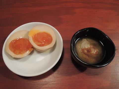頑固ソース+らぁ祭ビンゴサービスの「味玉1個」