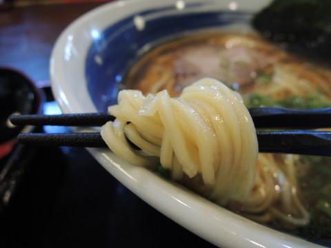 和風中華そば 一玉(小)の麺