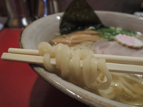 讃岐ラーメンの麺