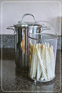 asparagus用の鍋