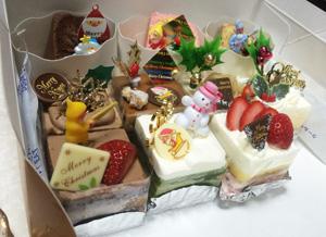 chiristmas-cakes.jpg