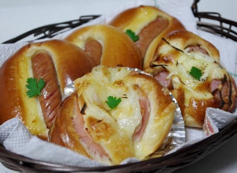 ウインナーパン・ハムチーズパン・マヨ卵パン