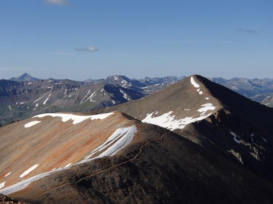 これから向かうSunshine Peakを望む