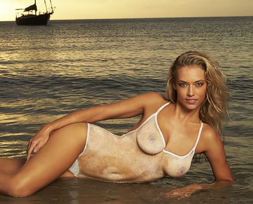 スケスケでぴっちりなエロ水着…実は裸の二度見不可避なボディペイント! #エロ画像 59枚
