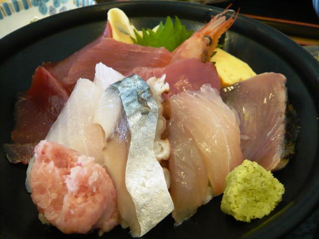 魚市場食堂:海鮮丼2