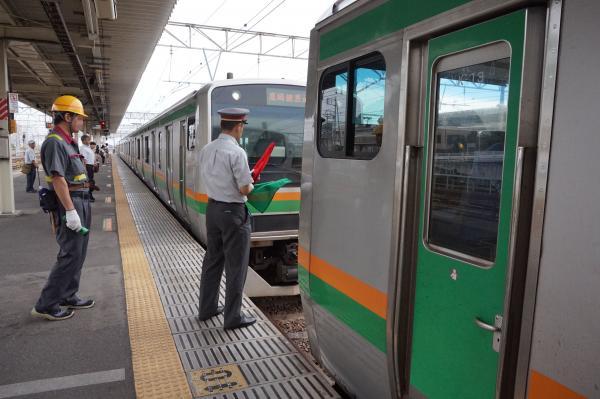 2015-08-12 国府津駅 増結作業4