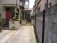 渡辺邸貸家前