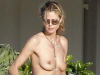 Heidi Klum (ハイディ・クルム) パパラッチされたトップレス画像2