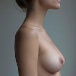 オーストラリア女優 Caitlin Stasey(ケイトリン・ステイシー) ヌードグラビア画像